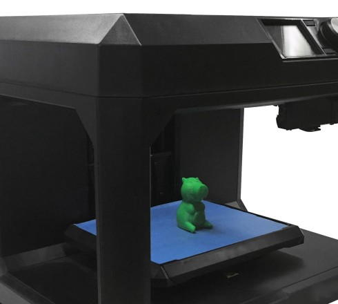 3D printer with prototype object